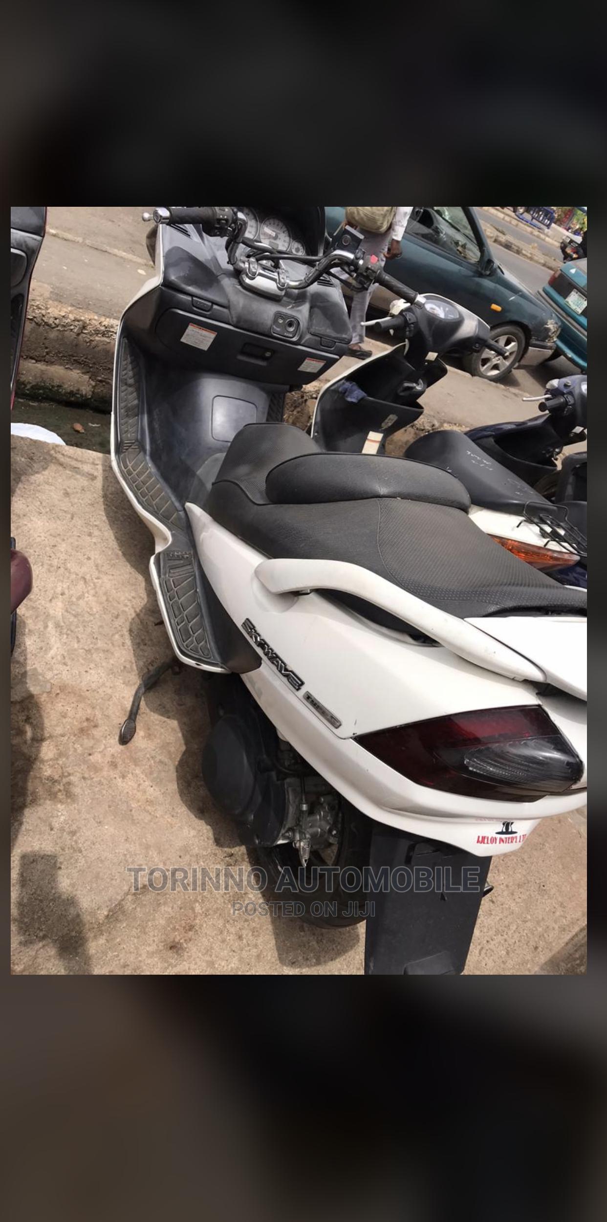 Suzuki Bike 2015 White | Motorcycles & Scooters for sale in Ibadan, Oyo State, Nigeria