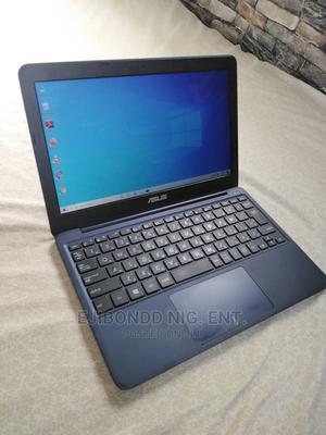 Laptop Asus EeeBook X205TA 2GB Intel Celeron SSHD (Hybrid) 32GB   Laptops & Computers for sale in Lagos State, Ikorodu