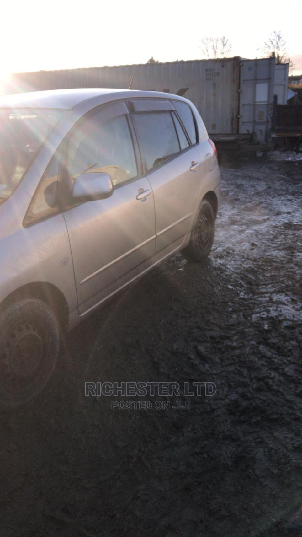 Archive: Toyota Corolla Spacio 2003 Gray