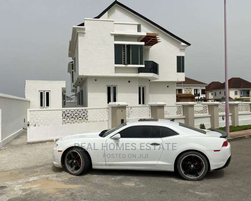 Archive: 5bedrooms Luxury Semi Detached Duplex With Bq