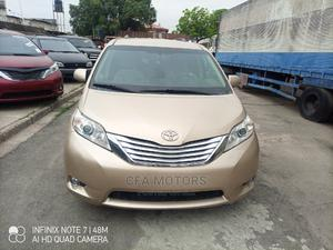 Toyota Sienna 2011 LE 7 Passenger Mobility Gold   Cars for sale in Lagos State, Amuwo-Odofin