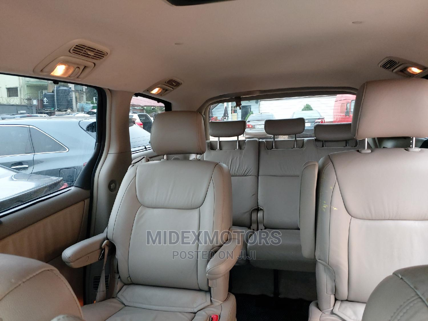 Toyota Sienna 2004 Gold | Cars for sale in Ikeja, Lagos State, Nigeria