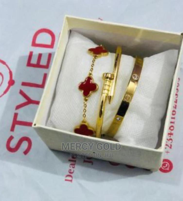Archive: Cartier Bracelets