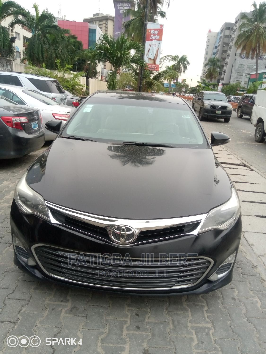 Toyota Avalon 2014 Black