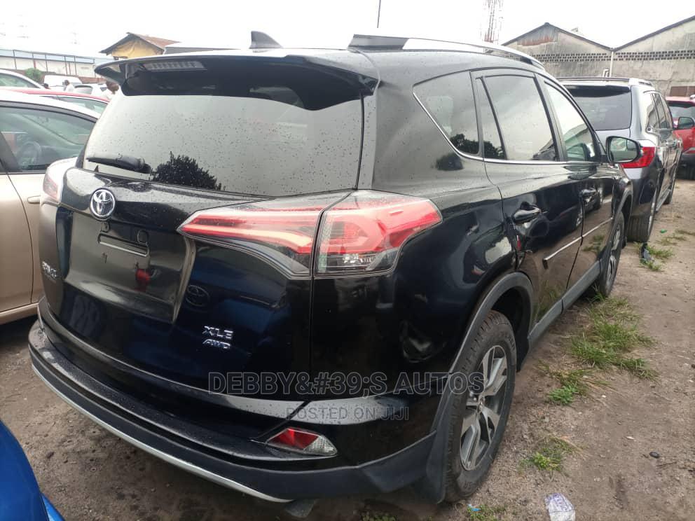 Toyota RAV4 2016 XLE AWD (2.5L 4cyl 6A) Black | Cars for sale in Apapa, Lagos State, Nigeria