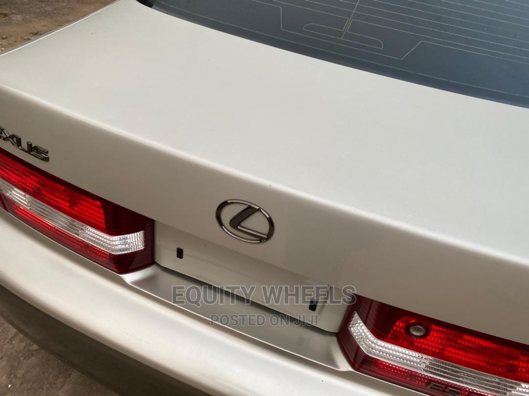 Lexus ES 2001 Gray