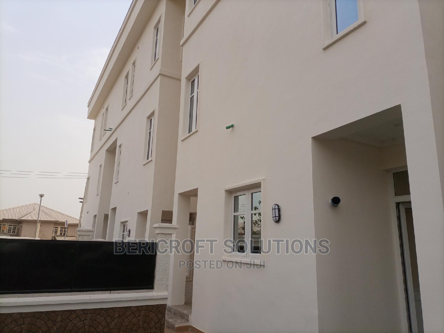 4 Units of 5 Bedroom Terrace Duplex for Sale in Mabushi | Houses & Apartments For Sale for sale in Mabushi, Abuja (FCT) State, Nigeria