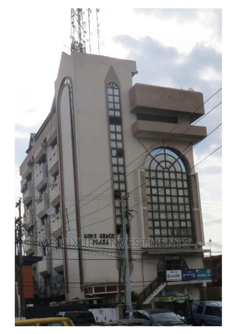 5 Floor Office Block With a Penthouse, Solidly So On.Ikeja