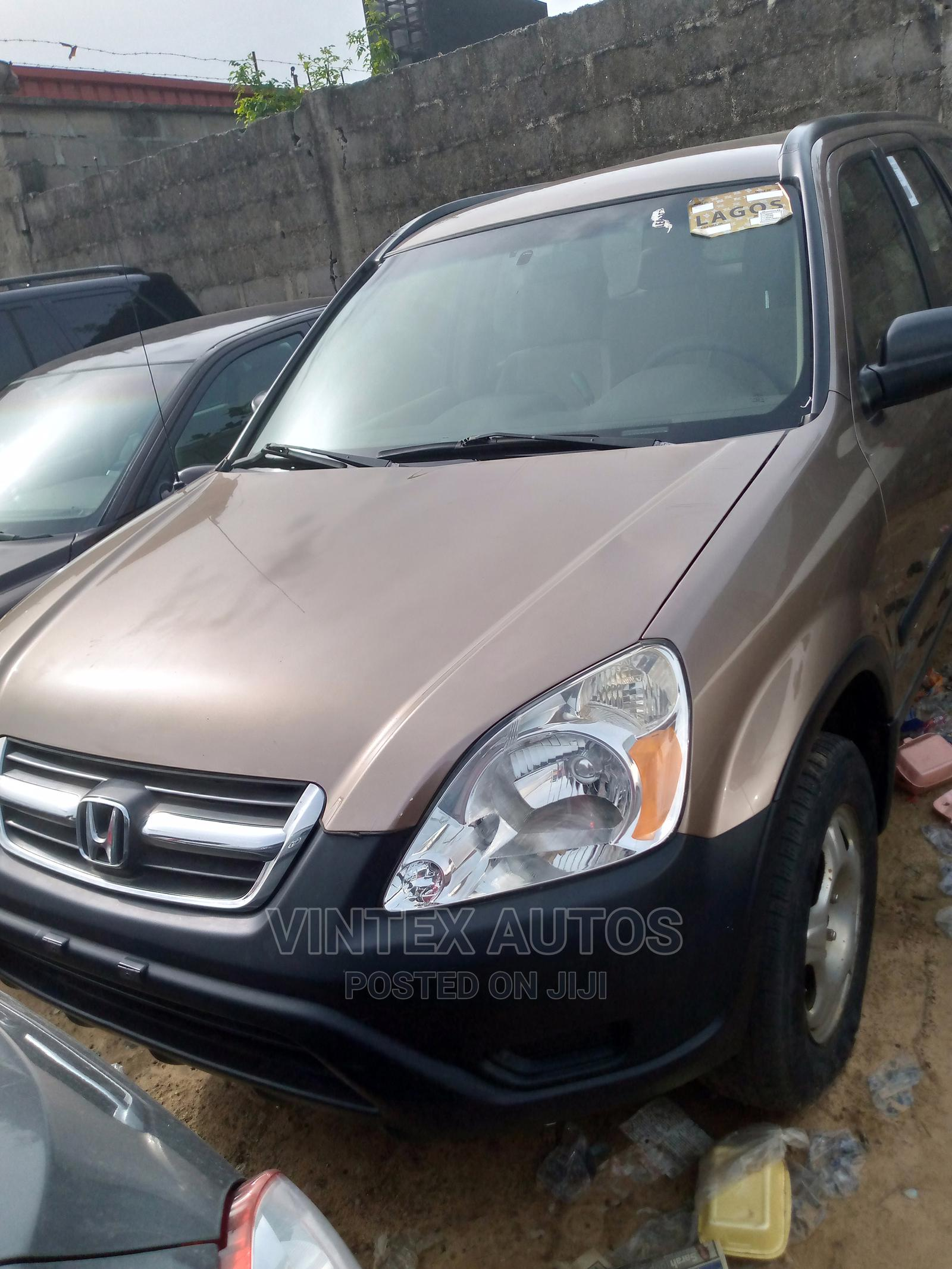 Honda CR-V 2004 2.0i ES Automatic Gold