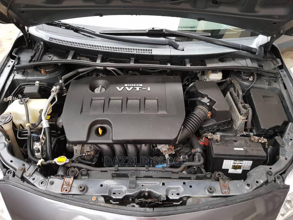 Archive: Toyota Corolla 2015 Black