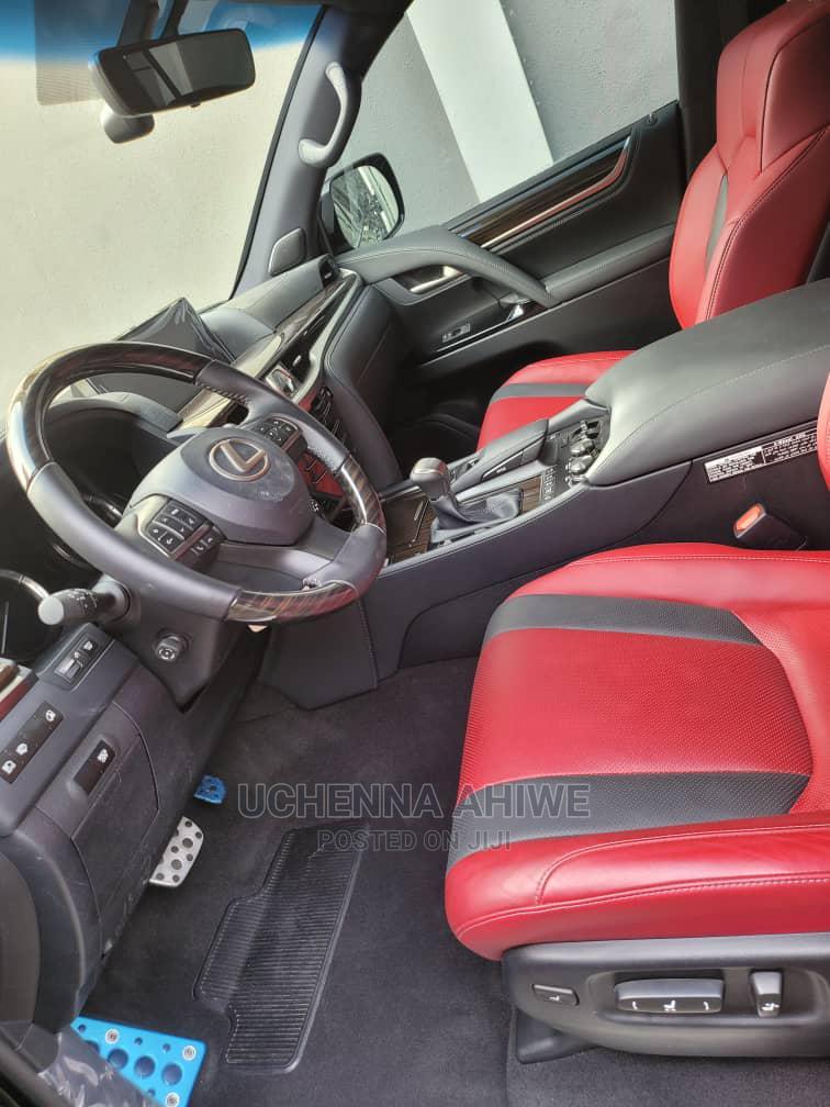 Archive: New Lexus LX 2020 570 Three-Row Black