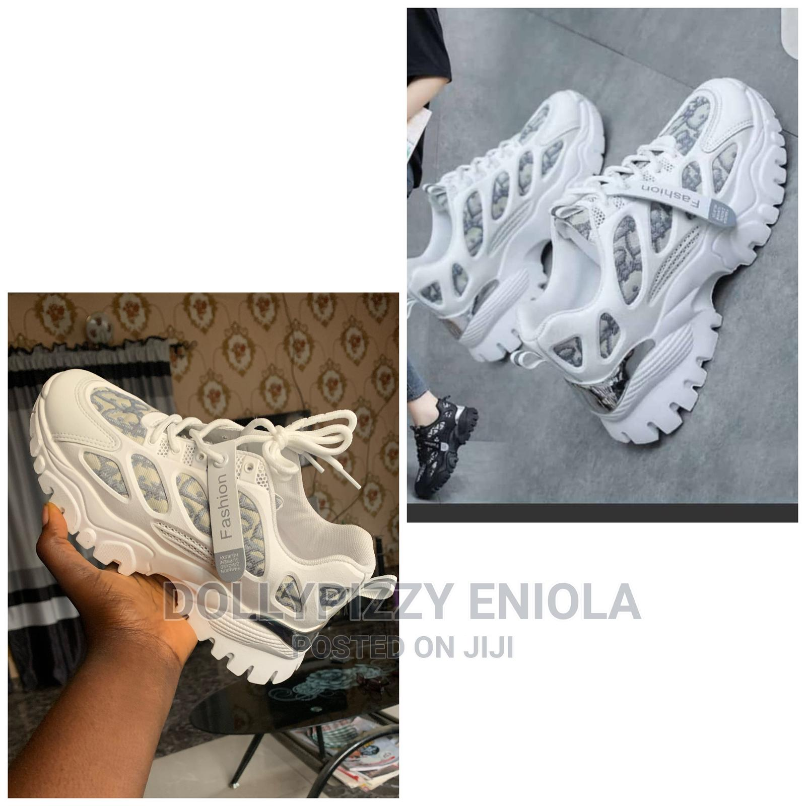 White Fashion Sneakers Size 40