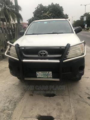 Toyota Hilux 2009 White   Cars for sale in Lagos State, Lekki