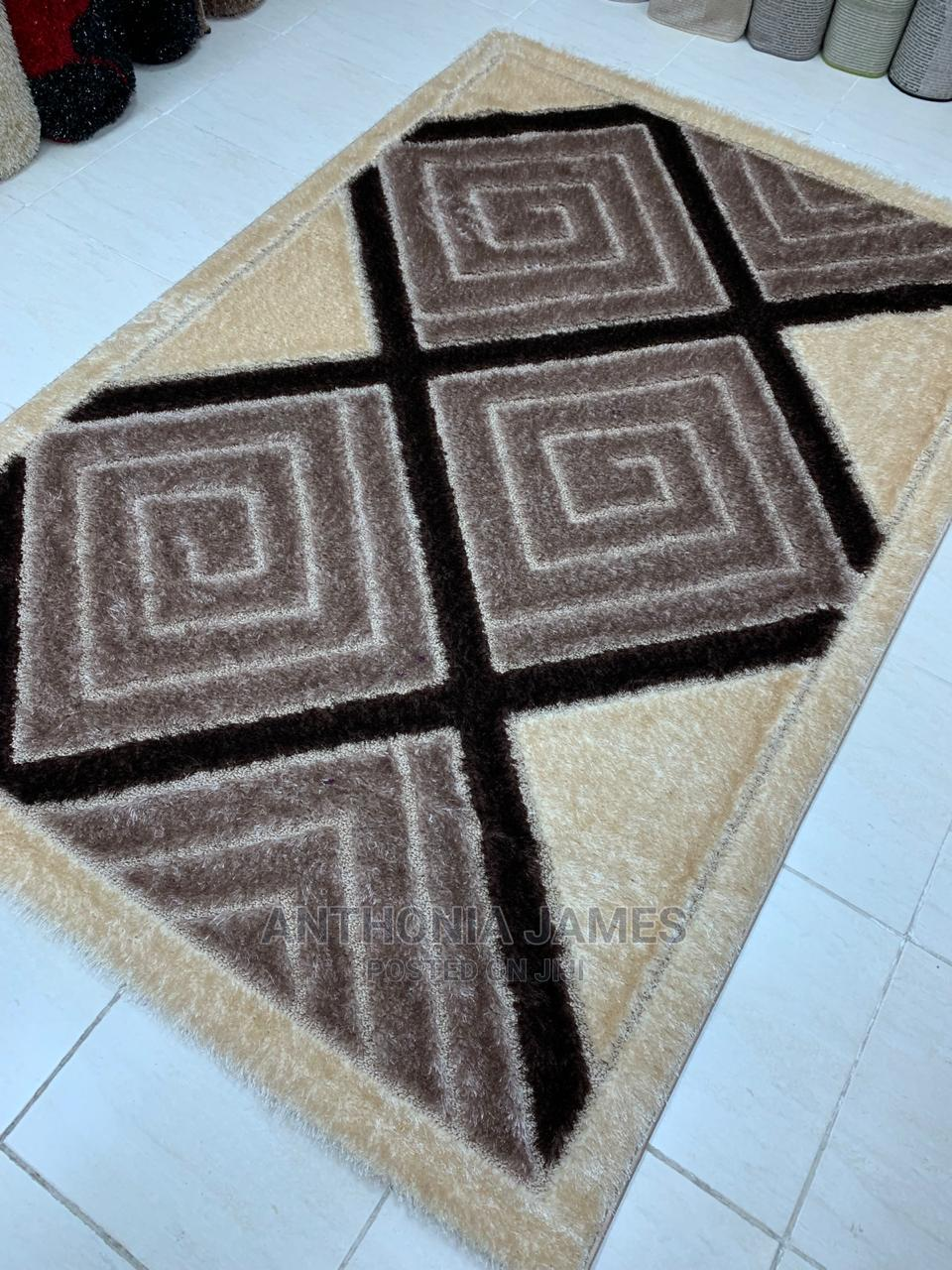 Center Rugs