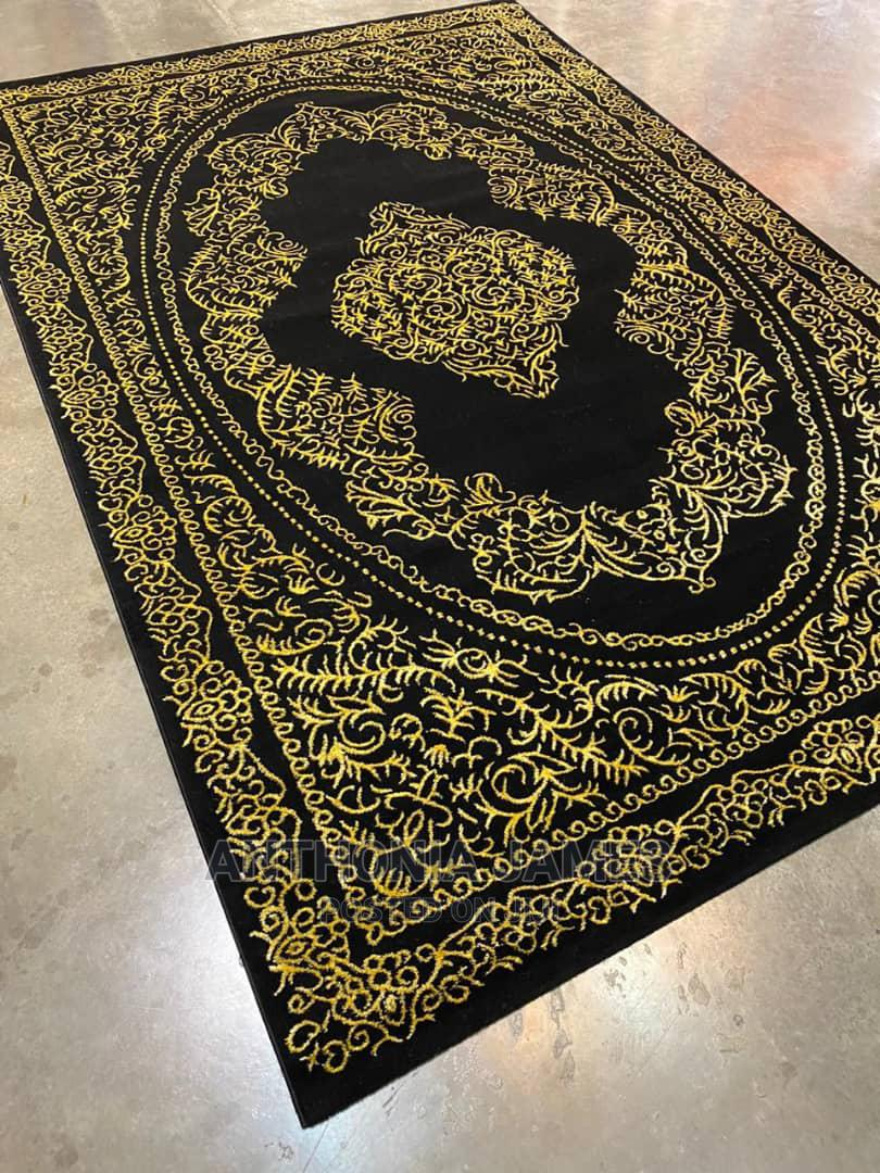 Center Rugs In