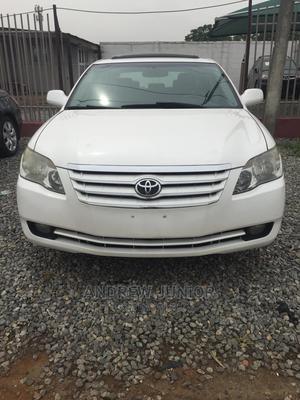 Toyota Avalon 2005 XLS White | Cars for sale in Lagos State, Ilupeju