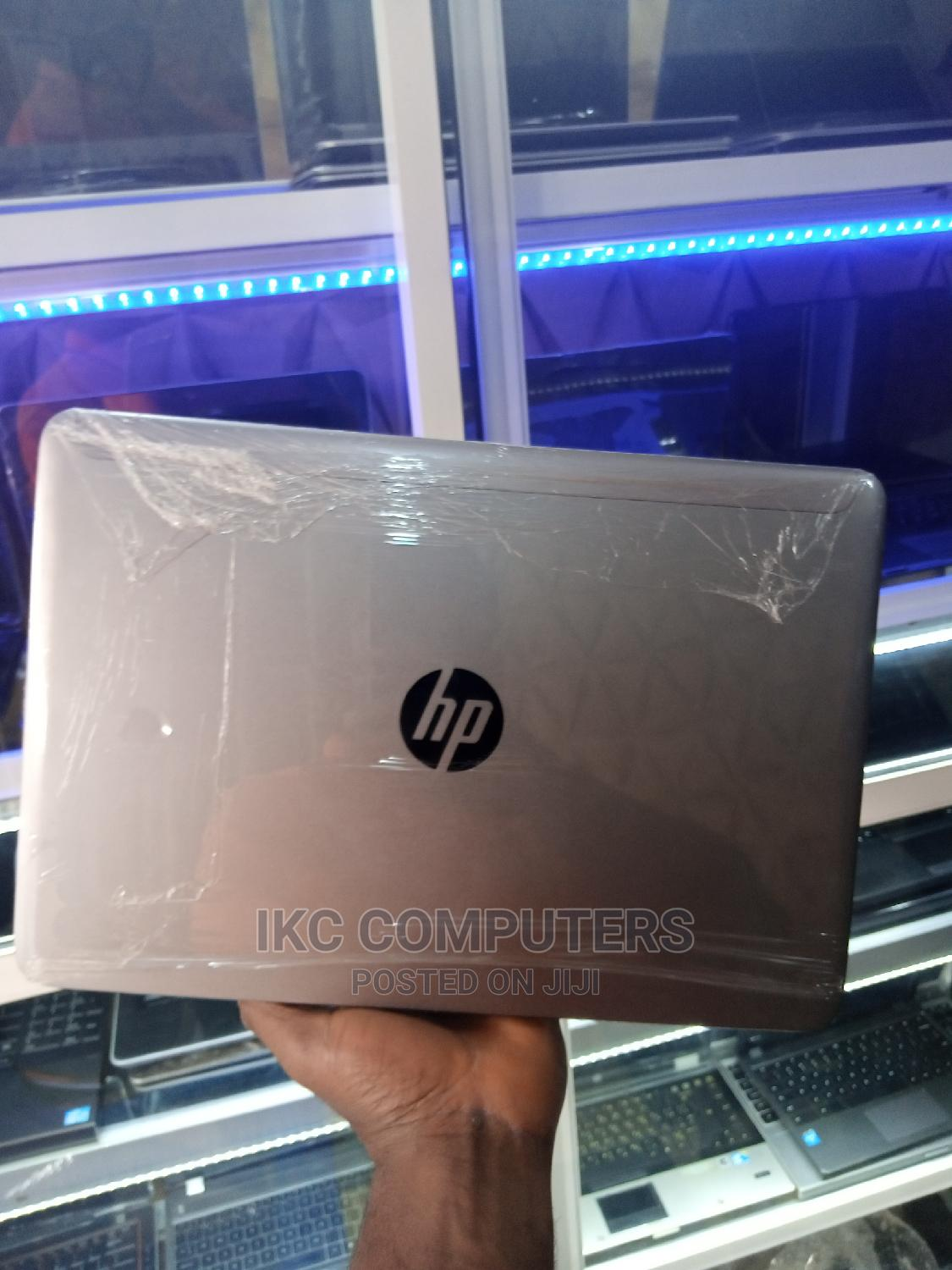 Archive: Laptop HP EliteBook Folio 1040 G2 8GB Intel Core I7 SSD 256GB