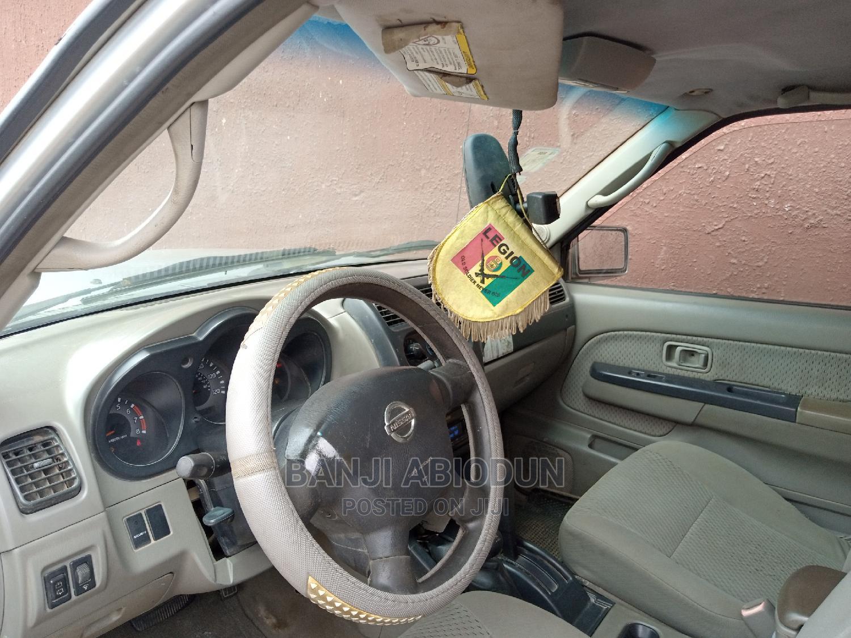 Archive: Nissan Xterra 2002 XE S/C W/Vss 4x4 Gray