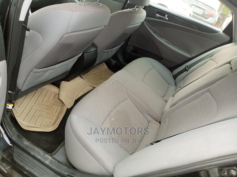 Archive: Hyundai Sonata 2013 Black
