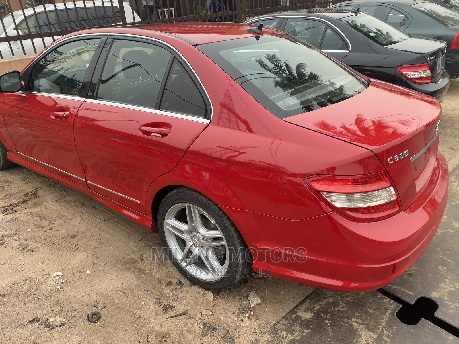 Archive: Mercedes-Benz C300 2009 Red