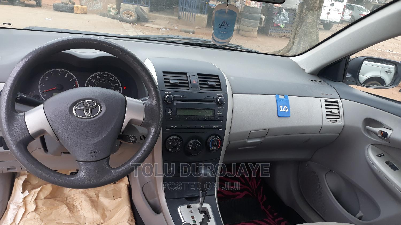 Toyota Corolla 2010 White | Cars for sale in Ikotun/Igando, Lagos State, Nigeria