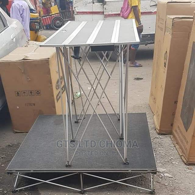 Table Stand With Stage