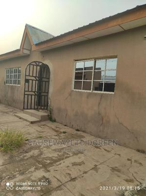 Distress Twin Bungalow Of 4 And 3 Bedroom Bungalow | Houses & Apartments For Sale for sale in Ibadan, Oluyole Estate
