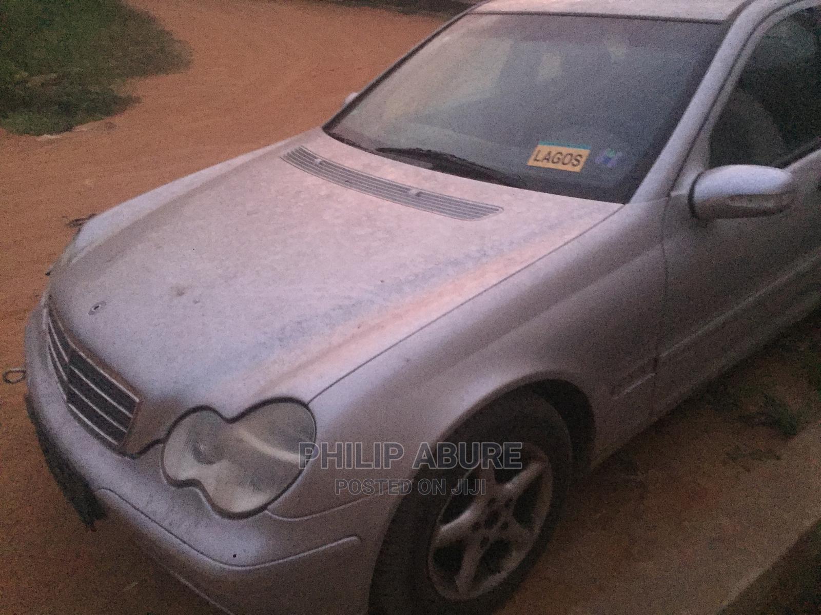 Archive: Mercedes-Benz C180 2002 Silver