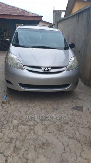 Toyota Sienna 2006 LE AWD Silver   Cars for sale in Lagos State, Ojota