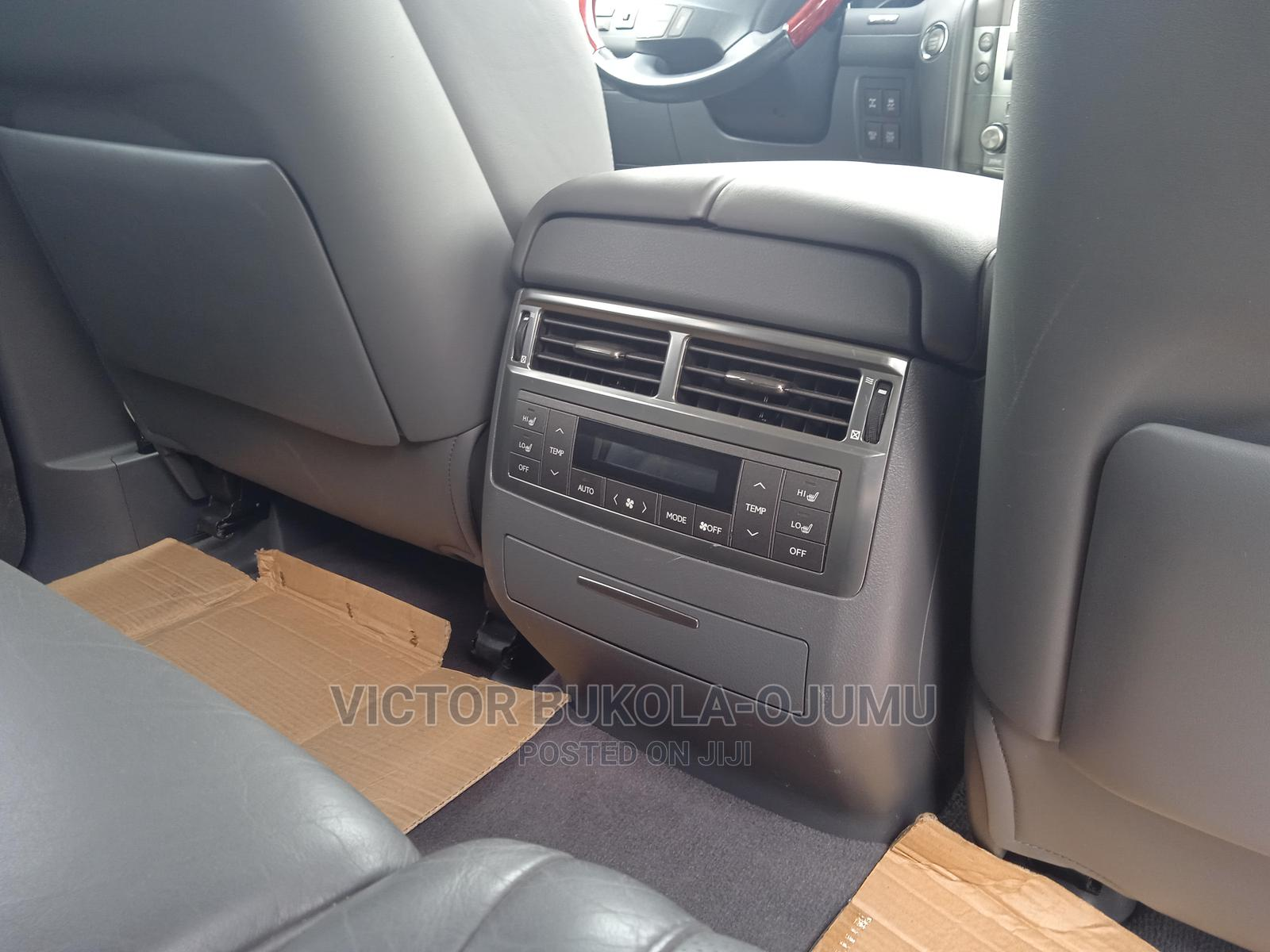 Lexus LX 2010 570 Silver | Cars for sale in Akure, Ondo State, Nigeria