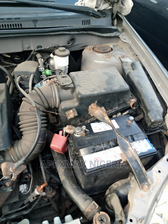 Archive: Toyota Corolla 2003 Sedan
