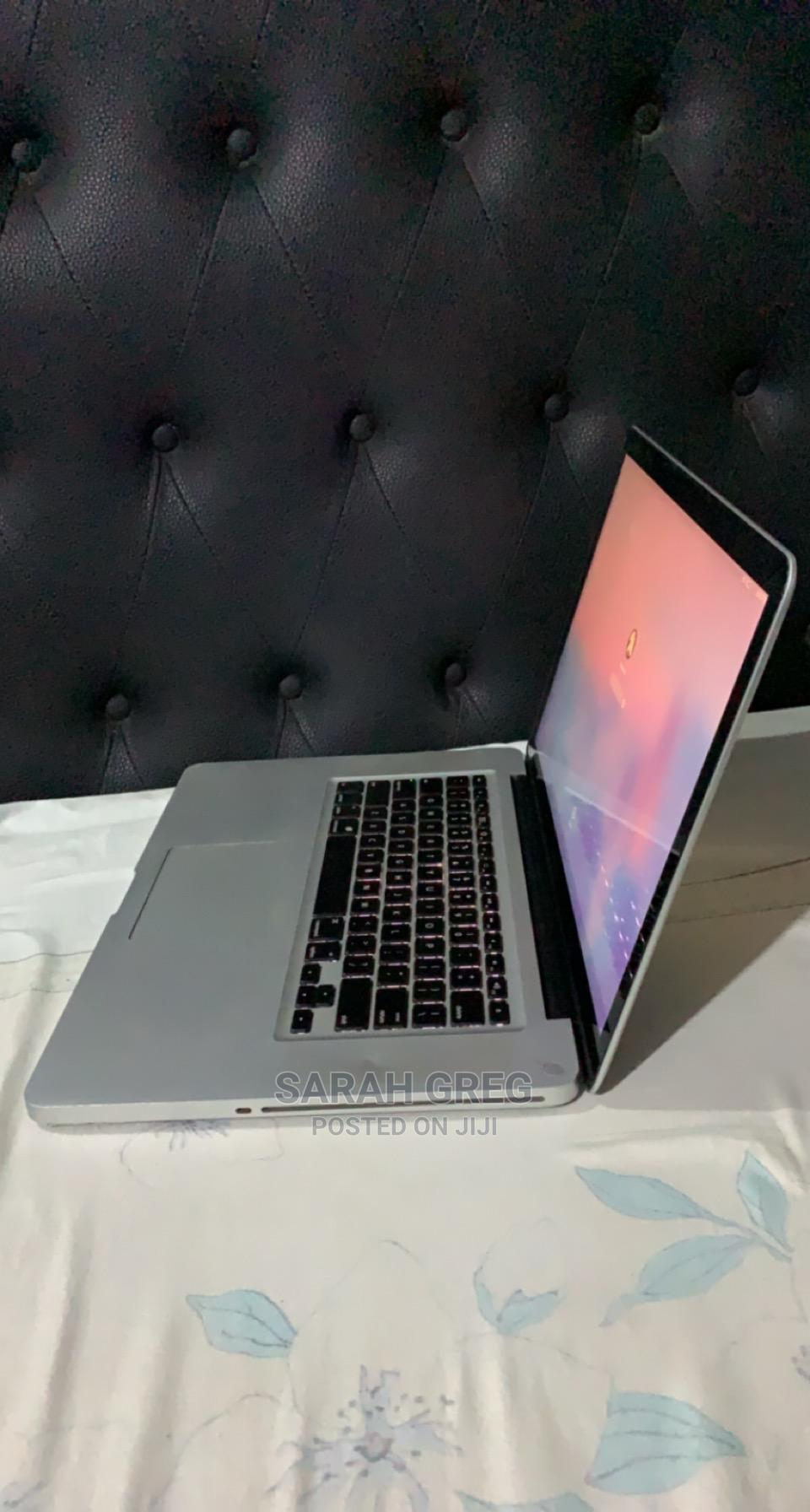 Archive: Laptop Apple MacBook Pro 2009 4GB Intel Core 2 Duo HDD 320GB