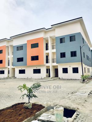 Lovely 4 Bedroom Terrace With Swimming Pool for Sale | Houses & Apartments For Sale for sale in Lagos State, Lekki
