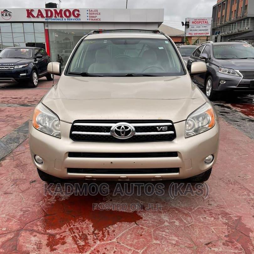 Archive: Toyota RAV4 2008 Limited V6 Gold