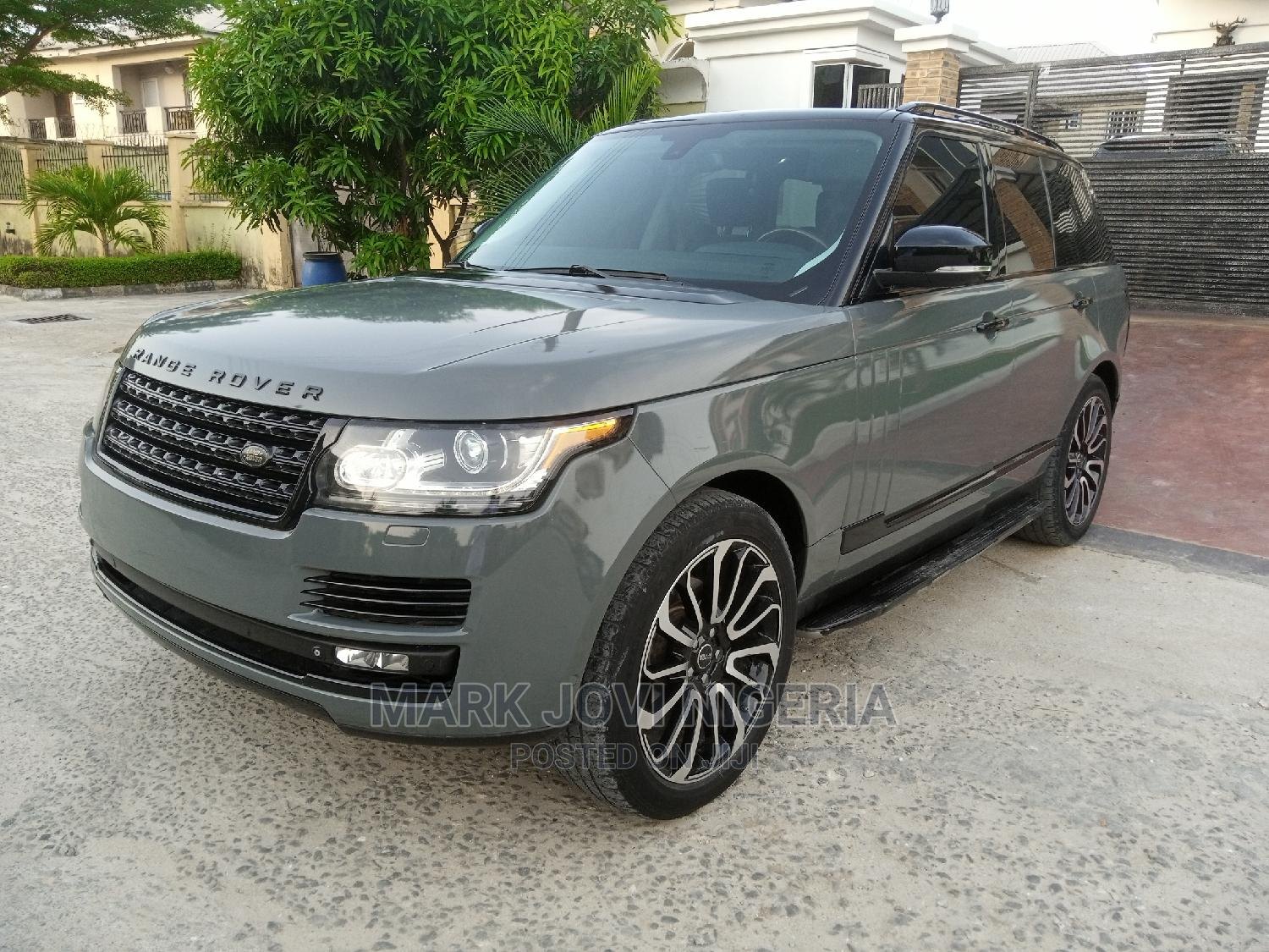 Land Rover Range Rover Vogue 2014 Gray
