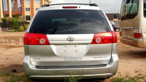 Toyota Sienna 2007 Silver   Cars for sale in Lagos State, Ojodu