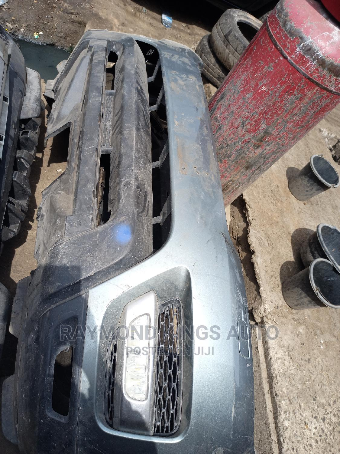 Complete Bumper for Range Rover Sport 2016   Vehicle Parts & Accessories for sale in Maryland, Lagos State, Nigeria