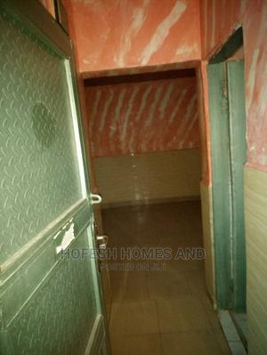 Studio Apartment in Landmark: Police, Dutse-Alhaji for Rent | Houses & Apartments For Rent for sale in Abuja (FCT) State, Dutse-Alhaji