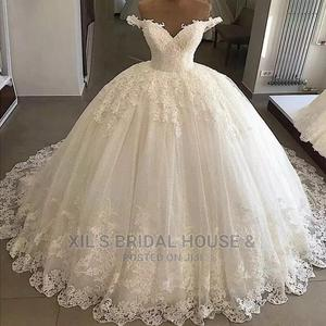 Empire Luxury Wedding Gown'S Good Quality Beautiful | Wedding Wear & Accessories for sale in Lagos State, Kosofe