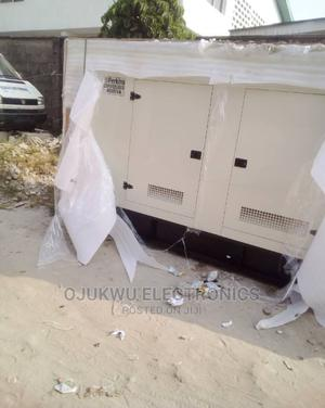 400kva Perkins Soundproof DIESEL Generator 100%Coppa Coil | Electrical Equipment for sale in Lagos State, Lekki