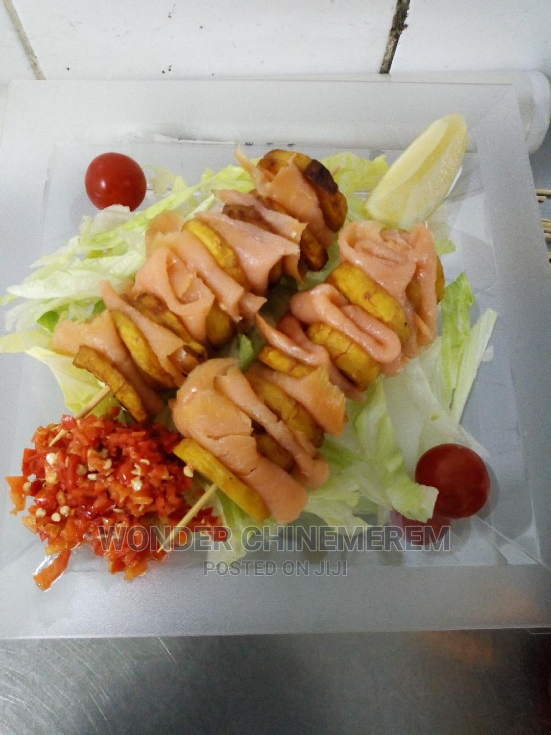 Professional Chef   Restaurant & Bar CVs for sale in Wuse, Abuja (FCT) State, Nigeria