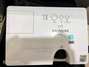 Neat Hitachi Projectors Lagos Ikeja   TV & DVD Equipment for sale in Lagos State, Ikeja