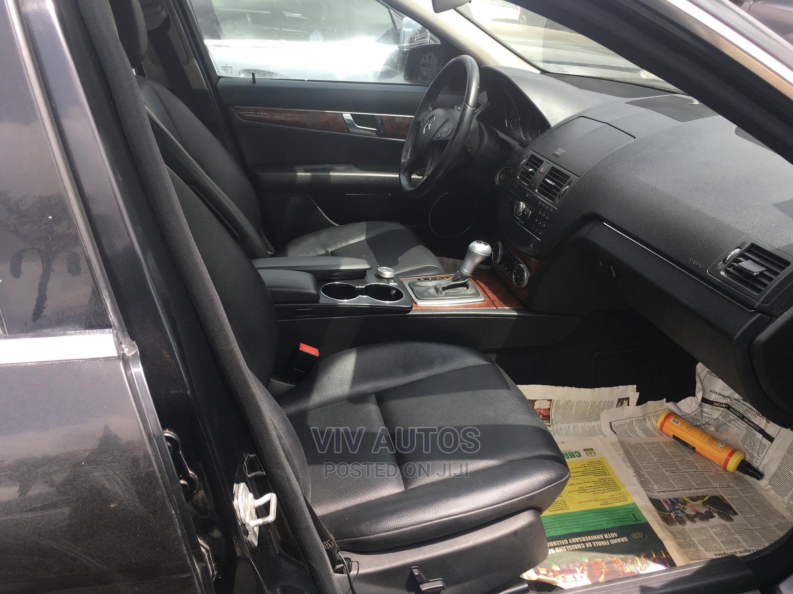 Archive: Mercedes-Benz C300 2010 Black