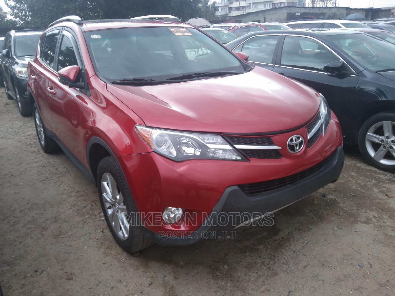 Toyota RAV4 2014 Red