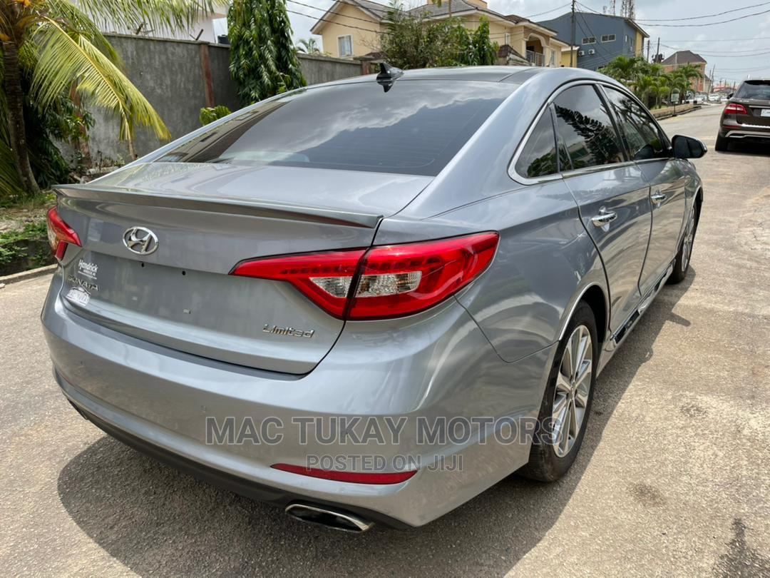 Archive: Hyundai Sonata 2016 Gray