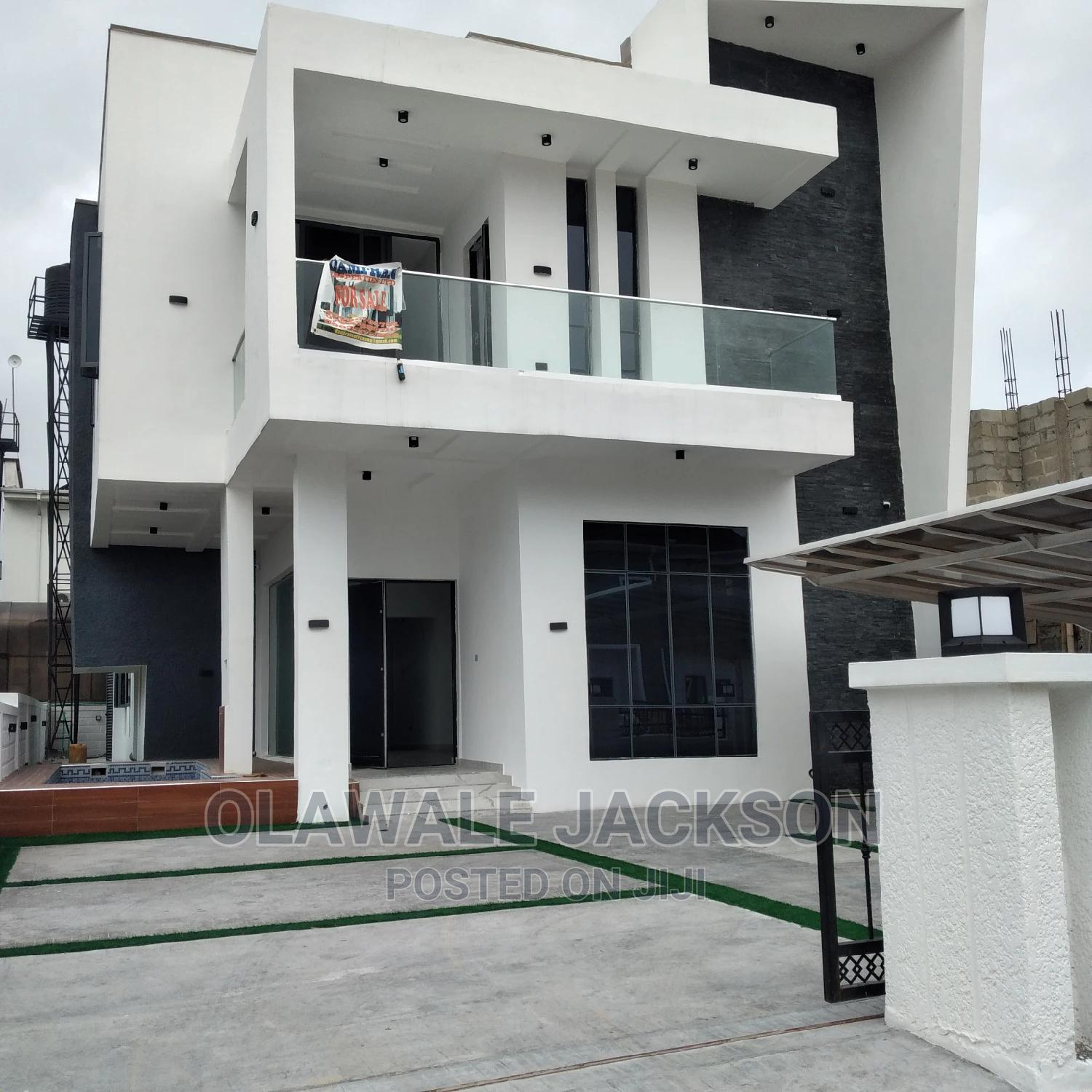 Contemporary 4bedroom Fully Detached Duplex +Swimming Pool | Houses & Apartments For Sale for sale in Lekki, Lagos State, Nigeria