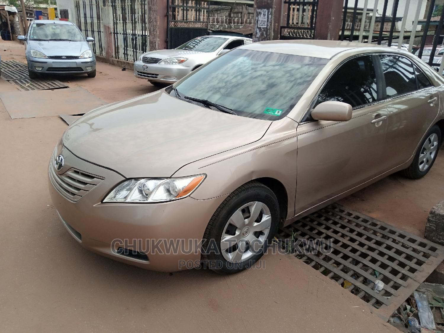 Toyota Camry 2009 Gold