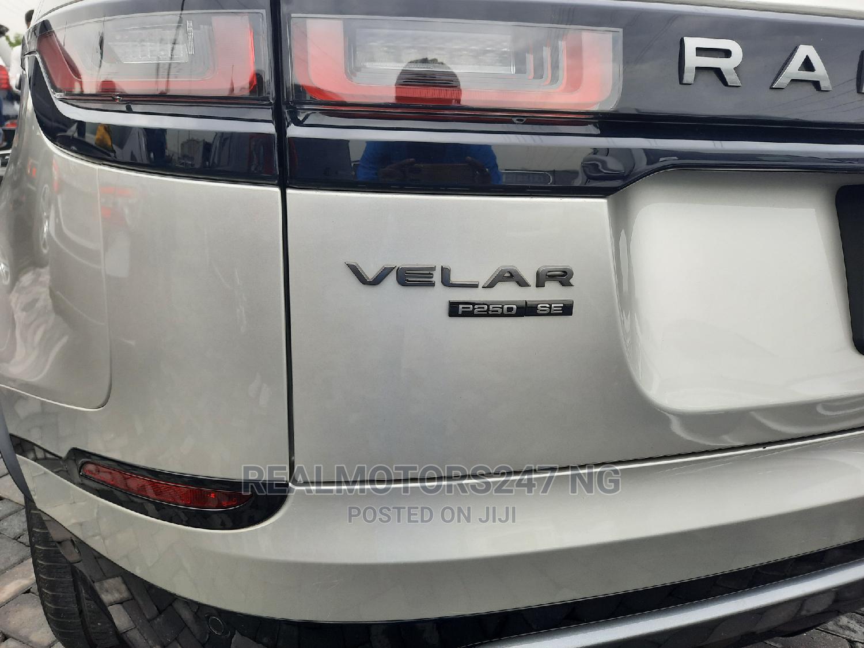 Archive: Land Rover Range Rover Velar 2018 P250 SE R-Dynamic 4x4 Gold