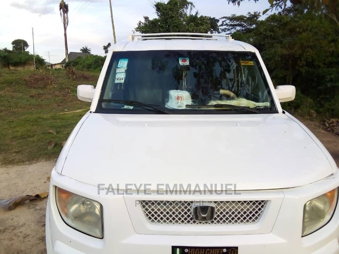 Archive: Honda Element 2005 LX Automatic White