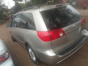 Toyota Sienna 2008 XLE Gold   Cars for sale in Abia State, Aba North